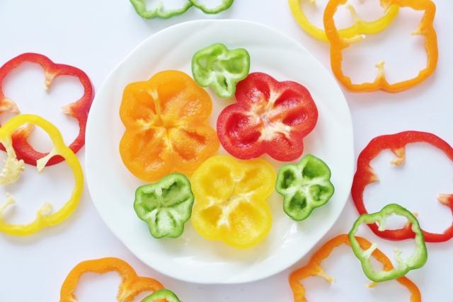 赤ピーマンとパプリカの違いとは?緑ピーマンより栄養があるって本当?