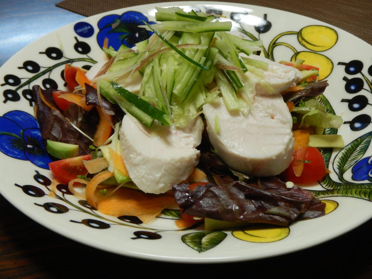 バンバンジー(棒棒鶏)の野菜たっぷりお洒落サラダのレシピ!