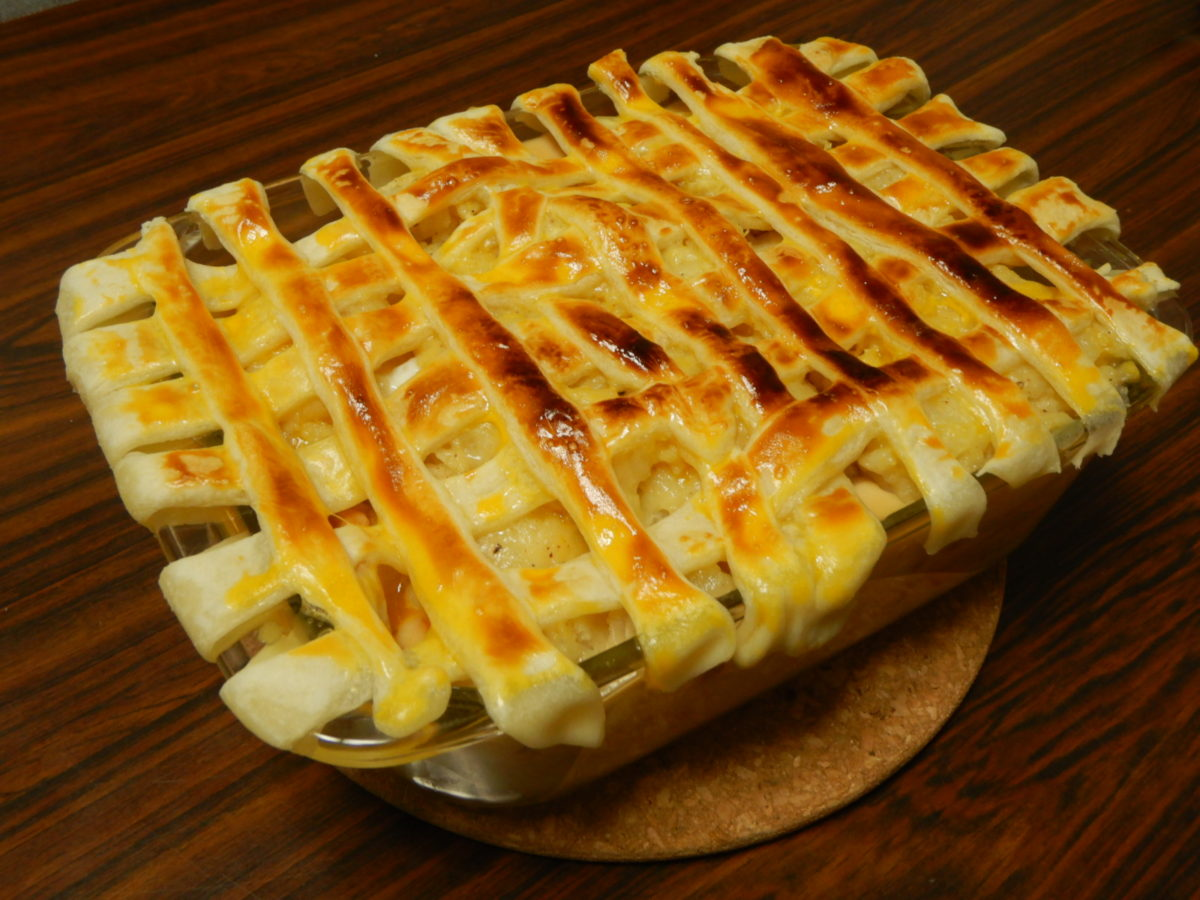 ベーコンじゃがいも玉ねぎで作る超簡単ベーコンポテトパイレシピ!