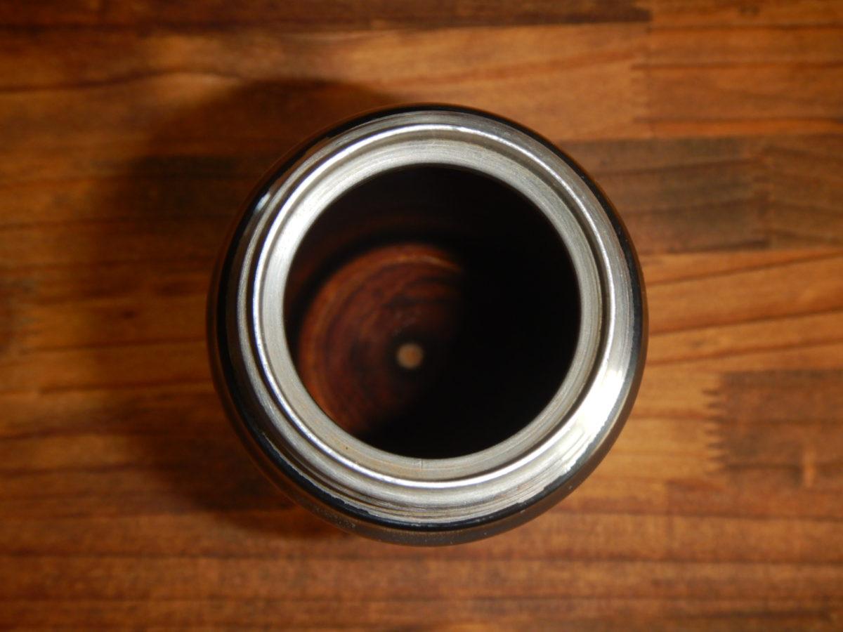 水筒の茶渋やコーヒー汚れは卵の殻で簡単に落とせる?やってみた!